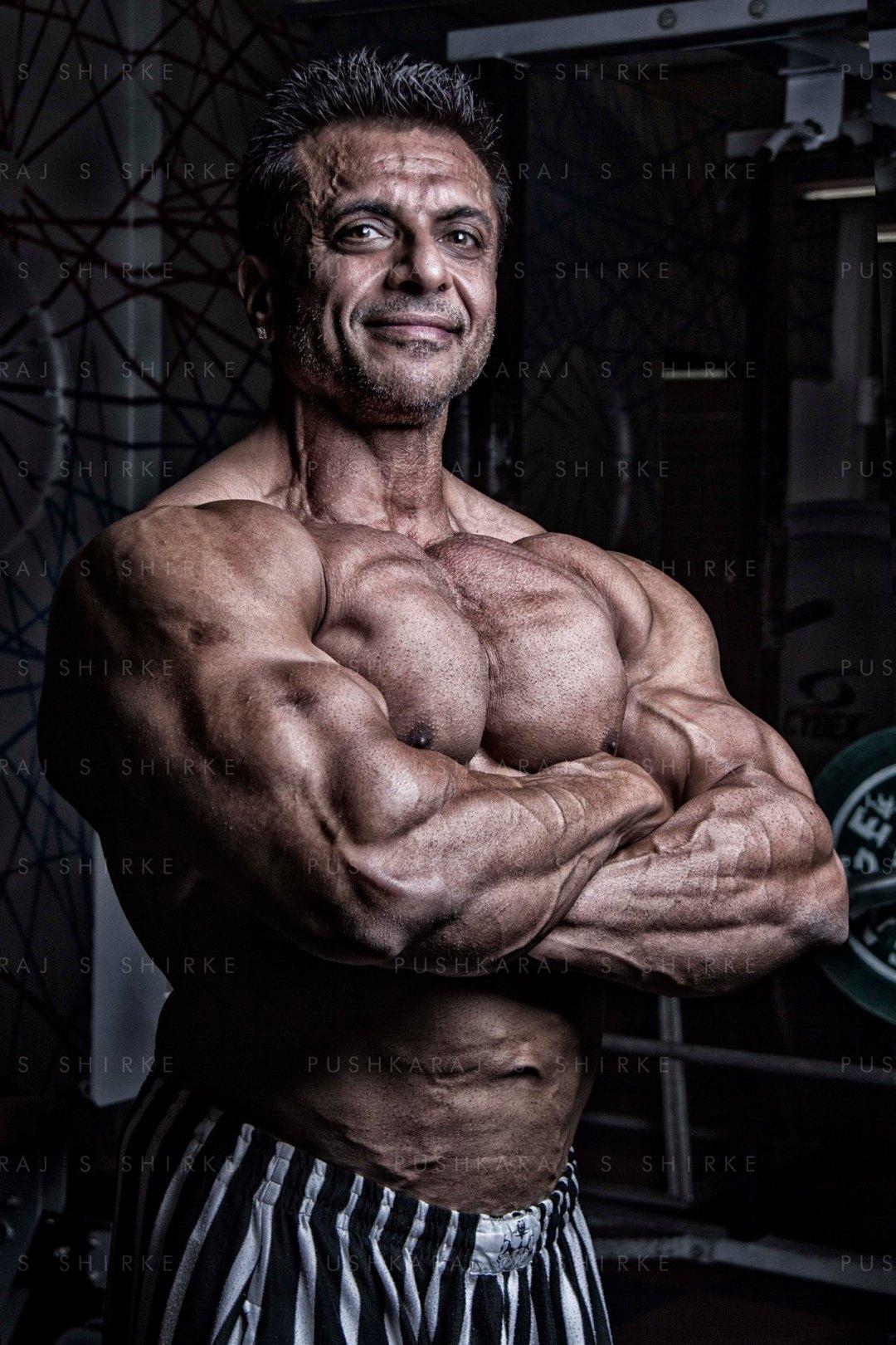 nizar-dawoodani-pushkaraj-s-shirke-fitness-photographer